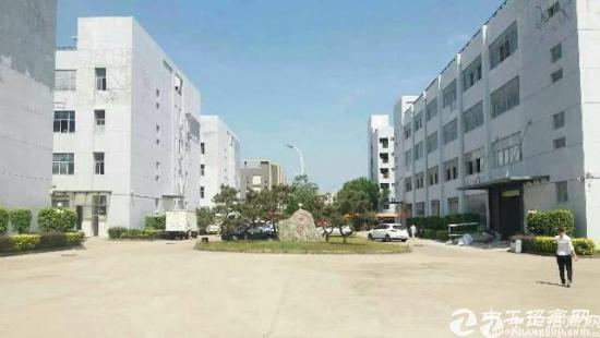 龙岗独栋厂房12500平米出租原房东有红本