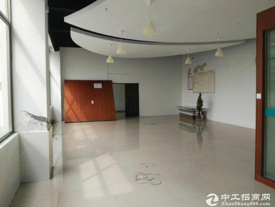 坪山碧岭工业区楼上300平现成办公室带装修出租