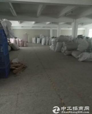 (出租) 坪山新出小独院厂房3600平宿舍1480平,有电梯