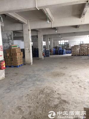 清溪原房东独院厂房招租一一厂房1-3层共3950平米,一楼6米高