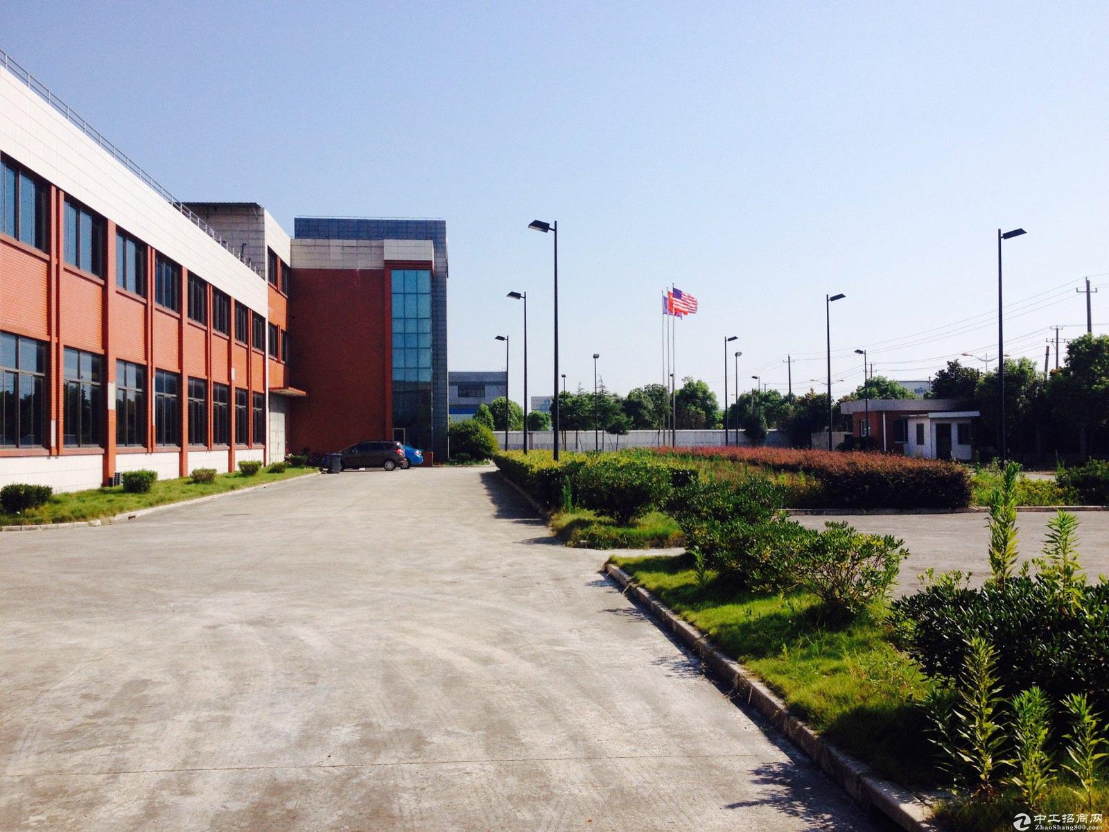 新桥工业区11.2亩独院独栋厂房形象超好产权过户