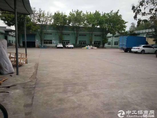 坪山新区新出厂房1000平方