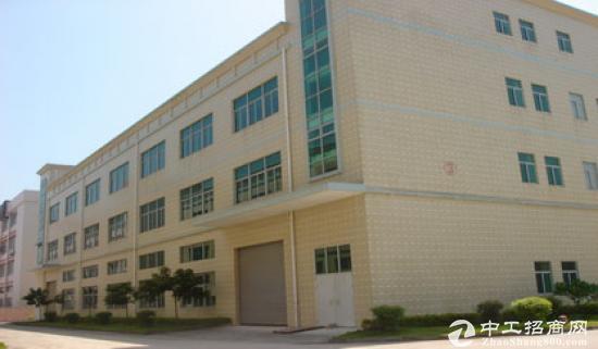 独栋3层标准厂房面积1800,每层600平,适合做仓库无躁音,无气