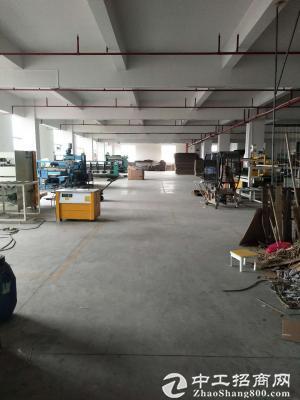 双岗村沿河路三楼厂房1500平方实际面积连设备机器业务一起转租