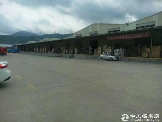 龙岗同乐标准物流仓库8000平米出租有卸货平台