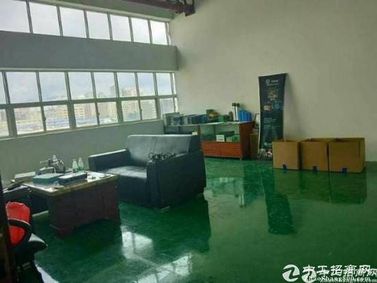 坪山大型工业园区三楼2380平现成精装修带办公室