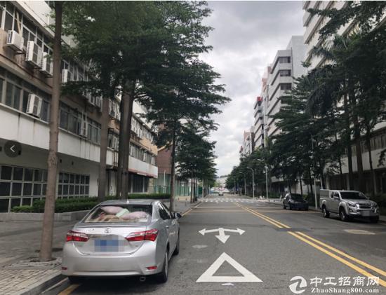 深圳市盐田区1500平方精致优质红本厂房出售
