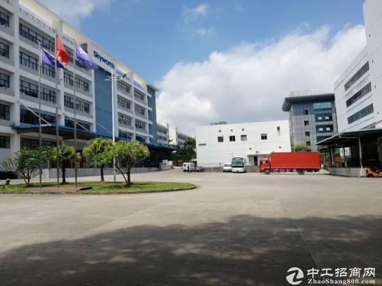 龙岗宝龙高新产业园单层2500平厂房出租带卸货平台