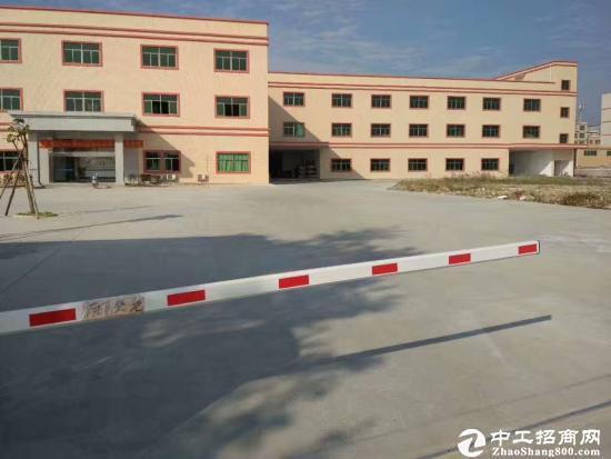 龙岗新生 楼上豪华装修厂房出租1400平米-图2