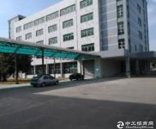 华南城边新出三楼厂房1300平方急租