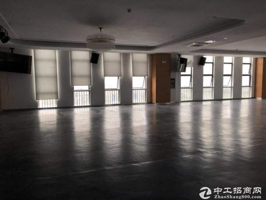 坪山 江岭精品小独院2800平带办公室 红本