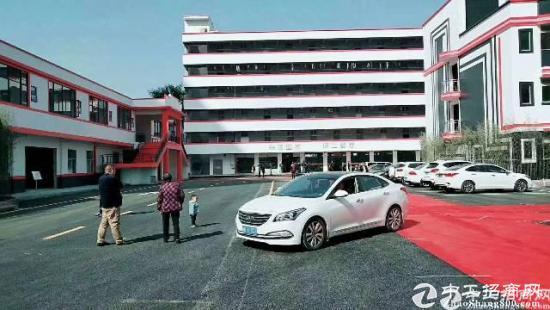 龙岗龙东大型工业园新出2楼1200平厂房出租