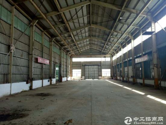 龙岗坪地独院厂房1600平方出租,滴水7米