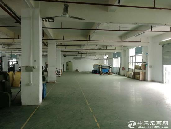 横岗坳背工业区新出楼上厂房1200平出租 带装修