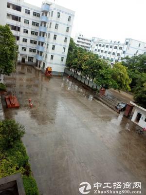 深圳宝安智能产业园1-6层63000M带红本厂房招租