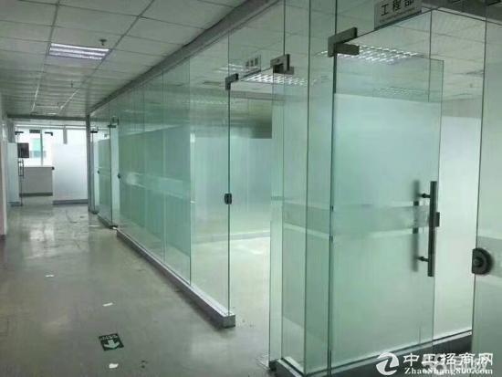 平湖富民工业区带装修2楼1500平方厂房出租