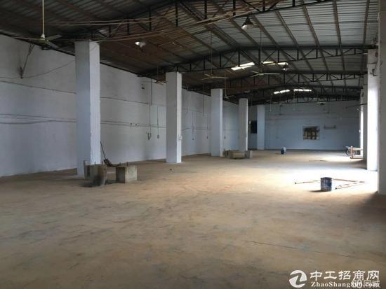 厂房在坪山坑梓秀新,独门独院钢构厂房大小分租,位于坪山大道边上,轻易
