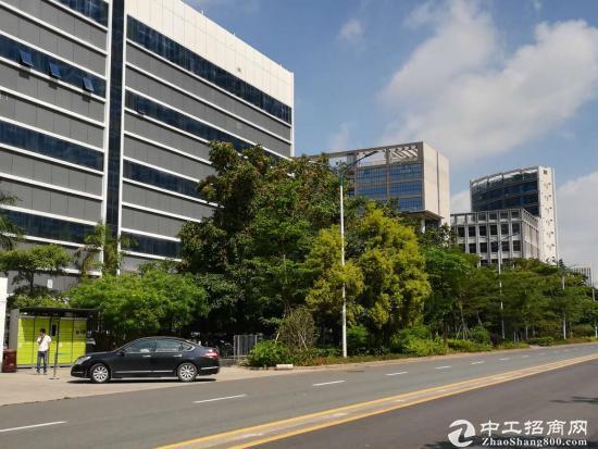 出售宝安位于光明新区,高大尚红本工业园厂房,适合自用投资