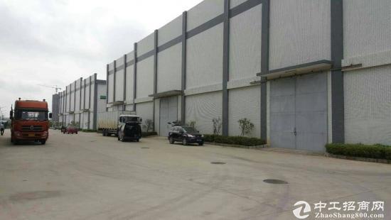 东莞市高步镇钢构5000平方方全新厂房出租急租