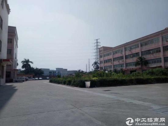 黄江星光村靠近深圳独院厂房2000平分租急租