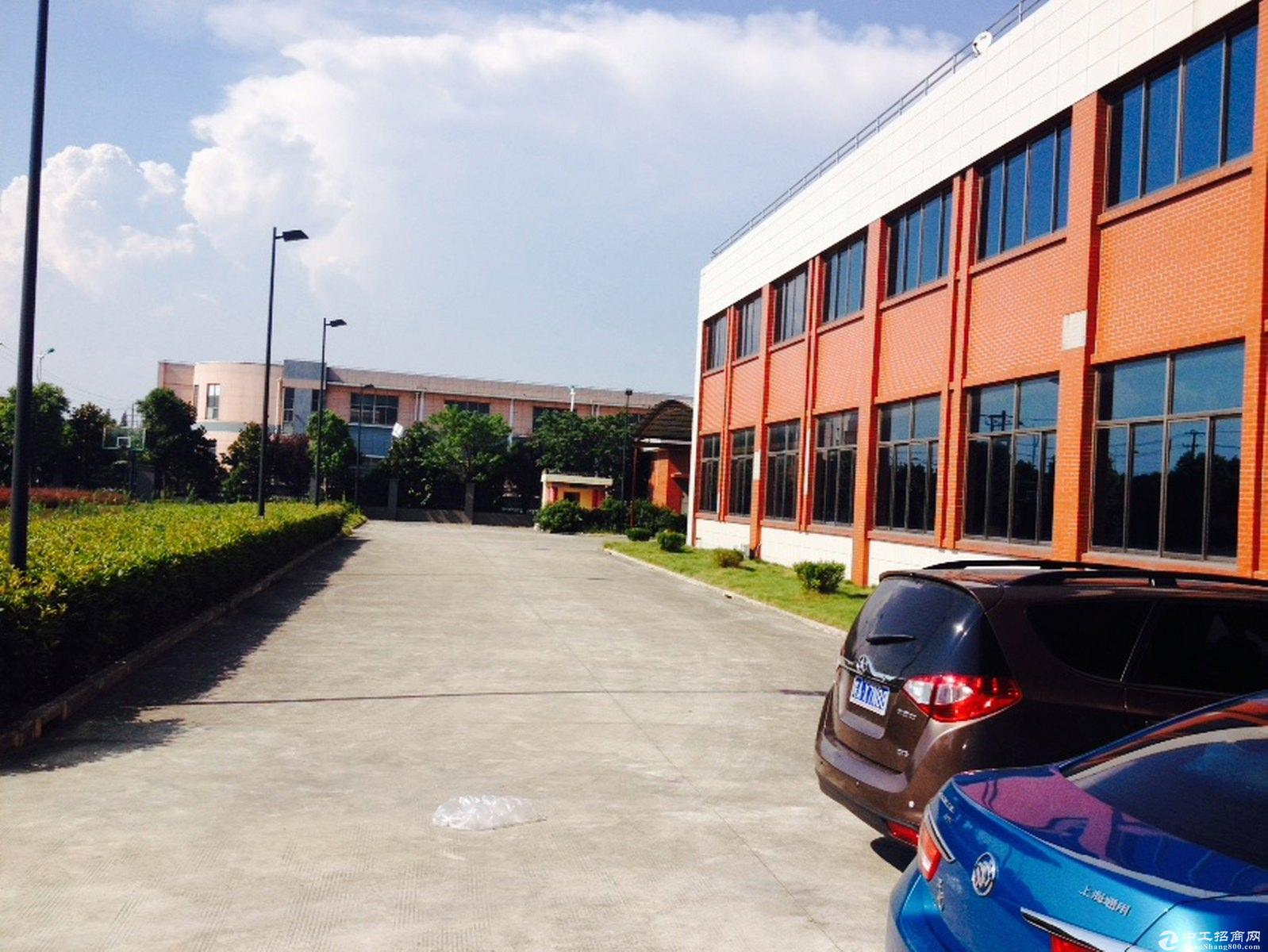 泗泾近虹桥独院三层104板块精装办公绿证车间出售
