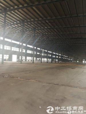 坂田万科城后面红本厂房20万平方大小可分