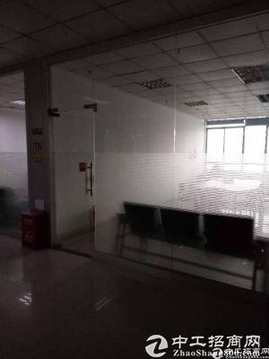 布吉秀峰工业区装修好800平方厂房办公室