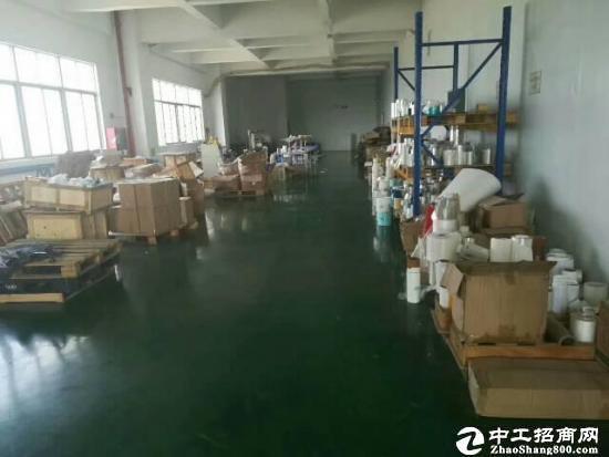 横岗地铁口大型工业区新出原房东600精装修厂房招