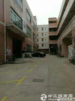 横岗大康楼上800平方带装修厂房出租