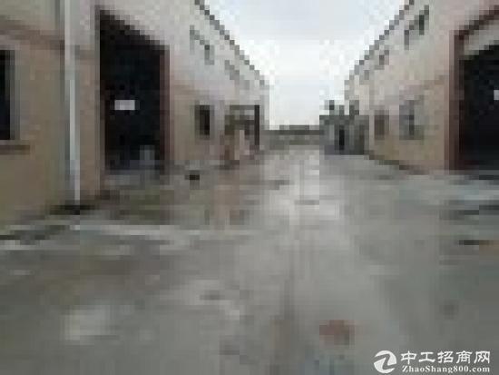 坑梓秀新工业区全新钢构滴水8米2750平出租