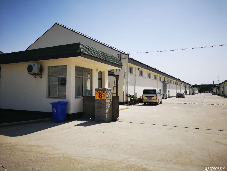 (出租)嘉闵高架出口银都路旁独门独院全新厂房