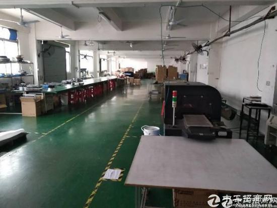 石岩水田第四工业区新出楼上700平装修厂房出租