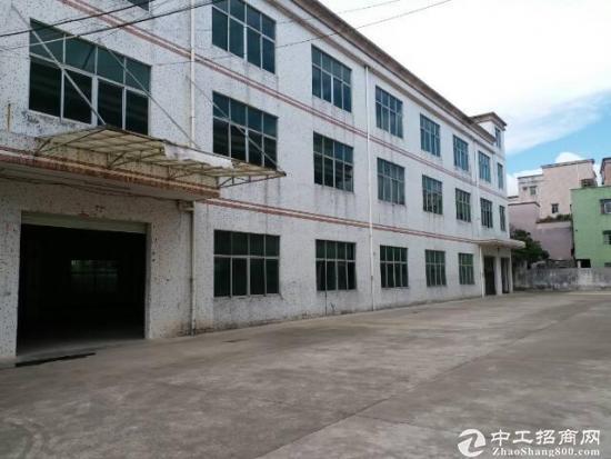 坪山江岭 一楼厂房整层1200平带装修出租