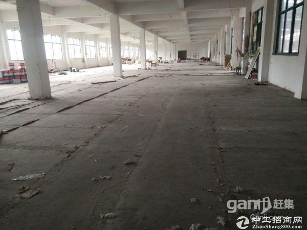 东湖塘独门独院3000平另有一楼1500三楼1500平