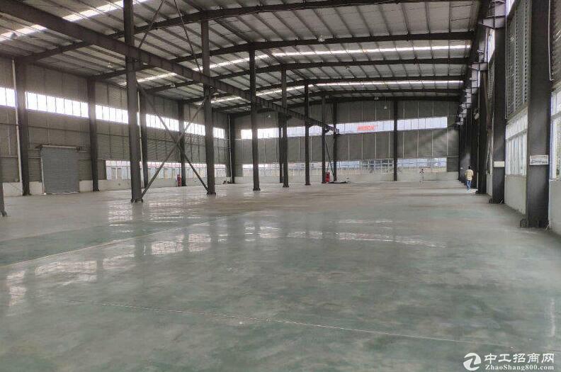 成都双流西航港工业园区厂房3000至8000平米出租