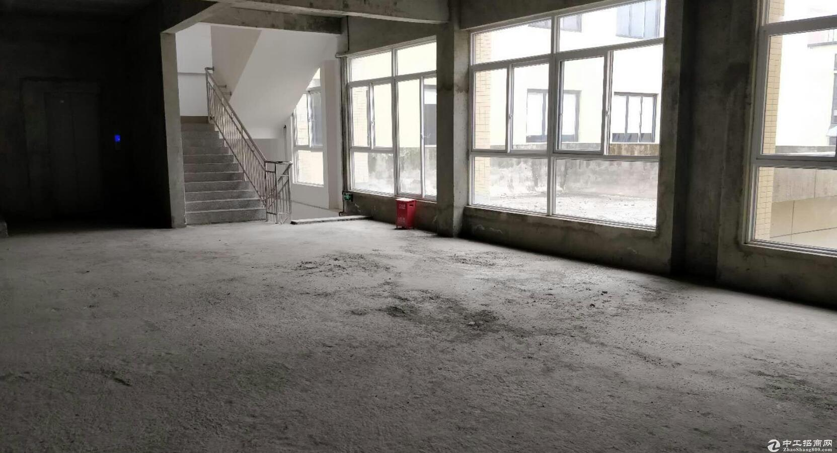 郫县产业园 1400平标准厂房出租
