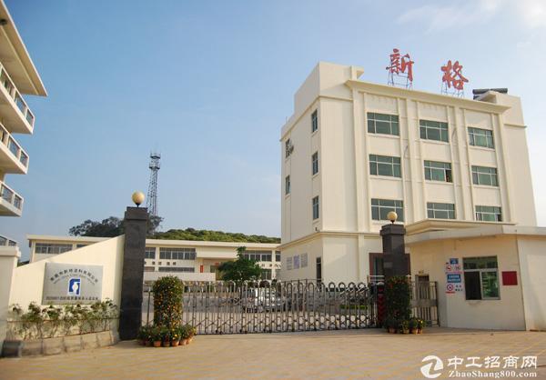 武汉东风乘用车旁7000m2钢构厂房配32T行车出租