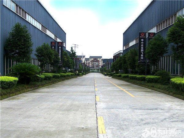 彭州成彭高速附1000至5000平米厂房出租