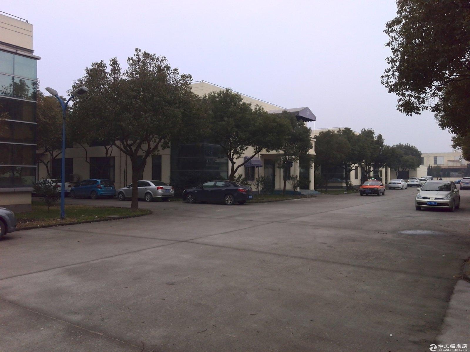 青浦独院11亩绿证104板块单层火车头绿证出售