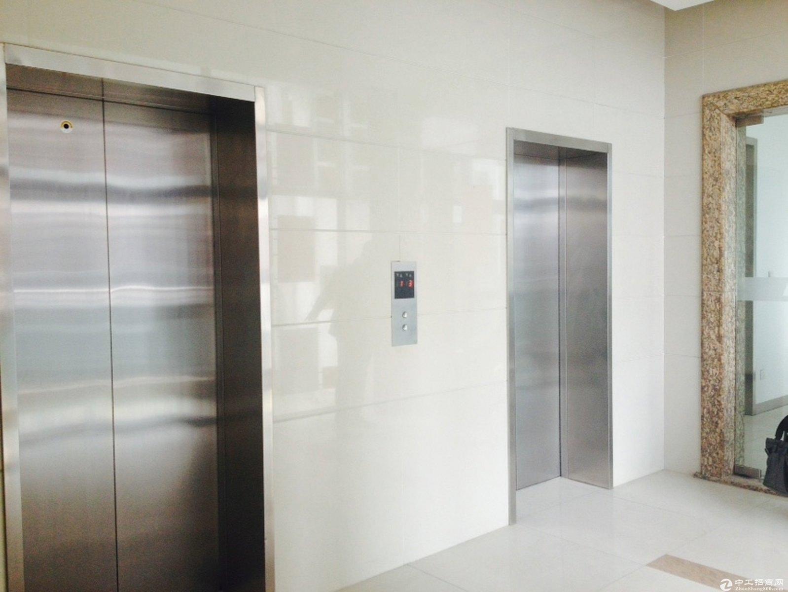闸北汶水路1号线绿证50年货梯4.5米办公研发仓储-图3
