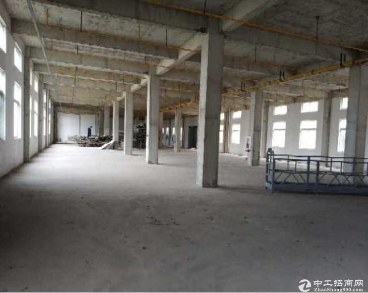 东西湖吴家山附近,4200平米厂房出租,可分租