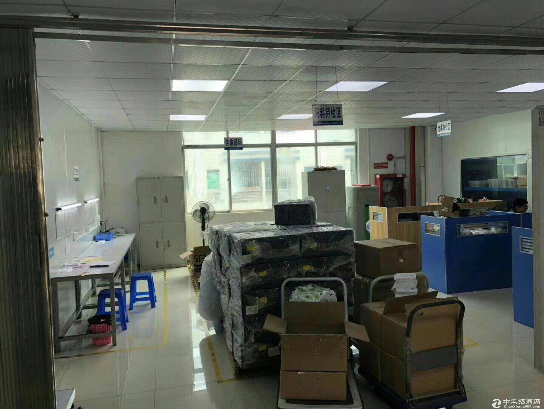 平湖华南城附近富民工业区二楼600平米带装修出租