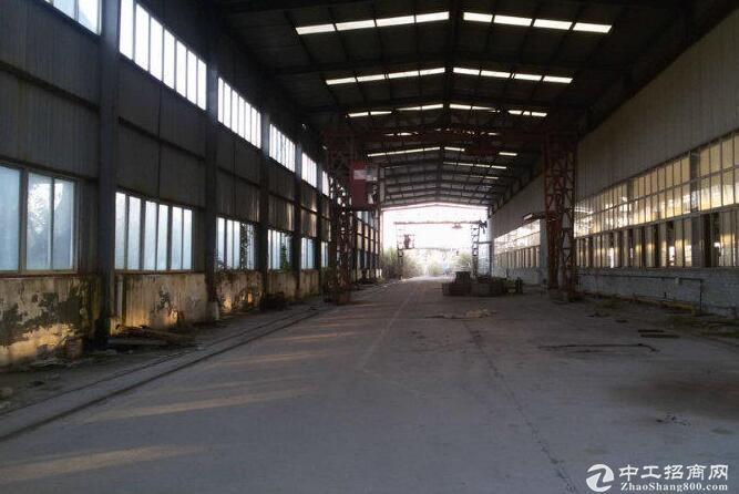 1200平米全新钢构厂房起租独门带行车产证齐全