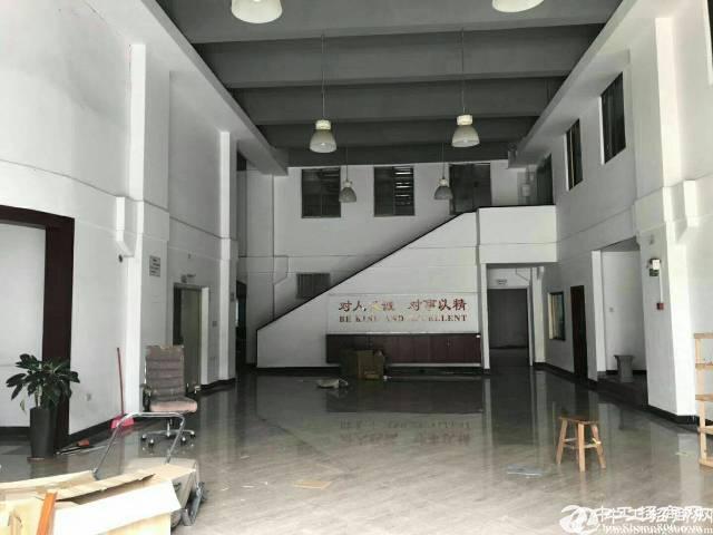 石岩外环路主干道边一楼厂房1150平米带阁楼无公摊招租