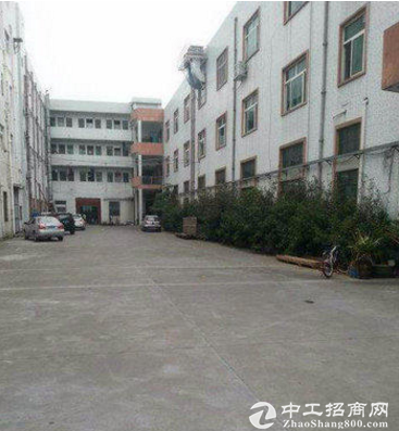 上江城一楼厂房1900平方带有牛角
