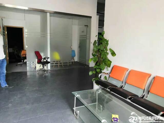 横岗四联马路边独院厂房一楼出租800平方出租