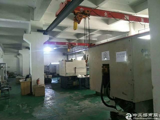 坪山新出一楼2750平米红本厂房出租,高度6.5米