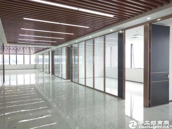 西丽地铁口附近1-6层10000平米带装修厂房招