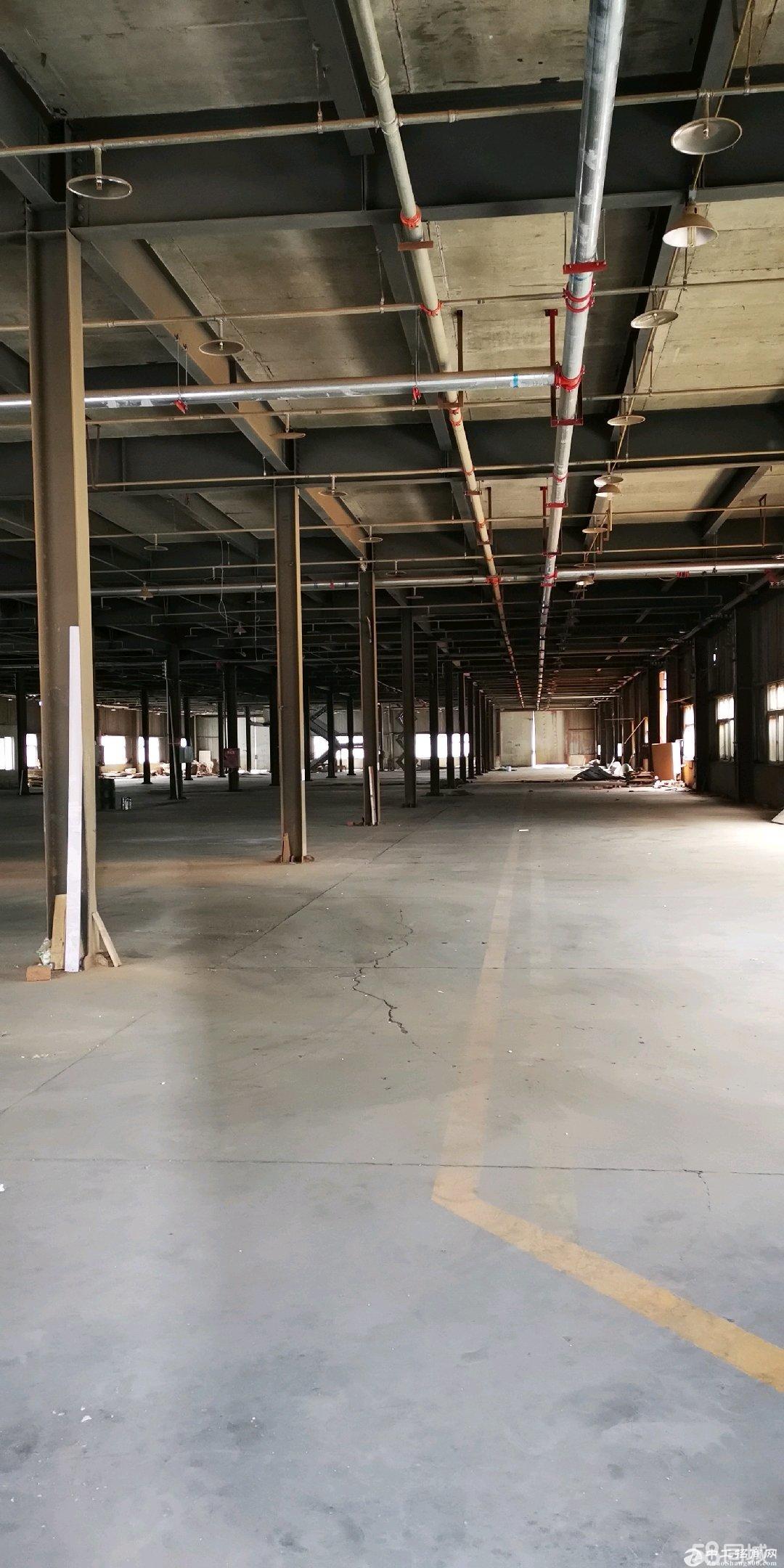 (出租)家具厂房 可分租 12800平米,可分割3000平米
