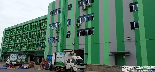 石岩塘头工业区楼上1500平米精装修厂房招租